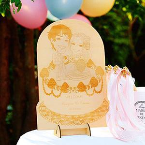 木の似顔絵 シャンティウェディングケーキ
